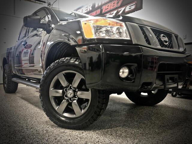 2012 NISSAN TITAN KING CAB 4X4 SV Bridgeport WV