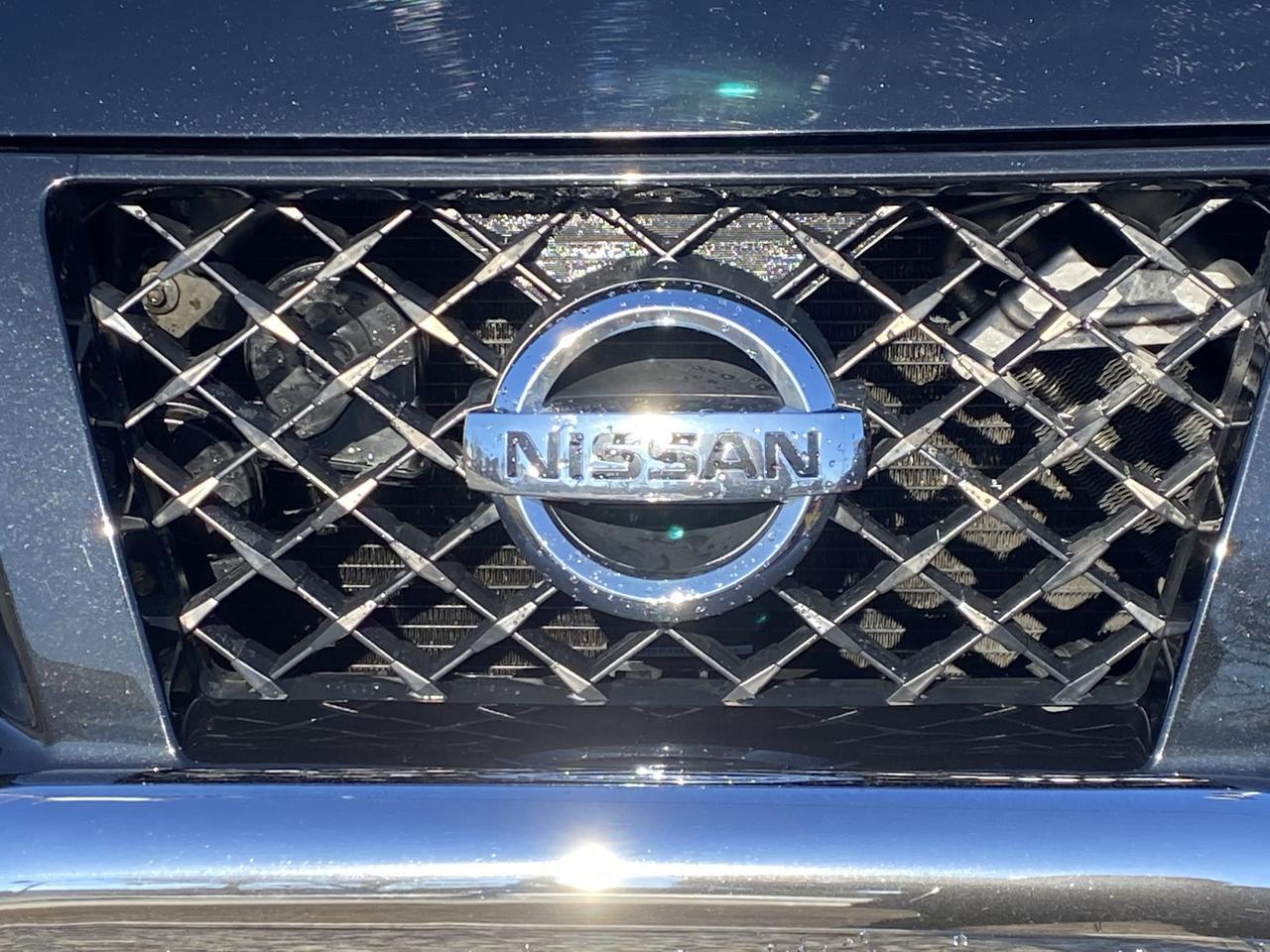 2012 NISSAN TITAN PRO 4X4 CREW CAB 4X4, WARRANTY, AUX/USB PORT,  SOFT TONNEAU COVER, 1 OWNER, CLEAN CARFAX! Norfolk VA