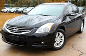 2012 Nissan Altima 2.5 - w/ BACK UP CAMERA & LEATHER SEATS