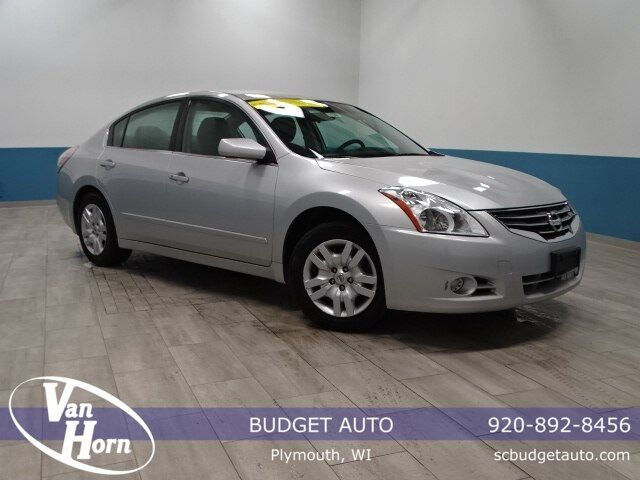 2012 Nissan Altima 2.5 Plymouth WI