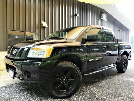 Nissan Titan SV 2012