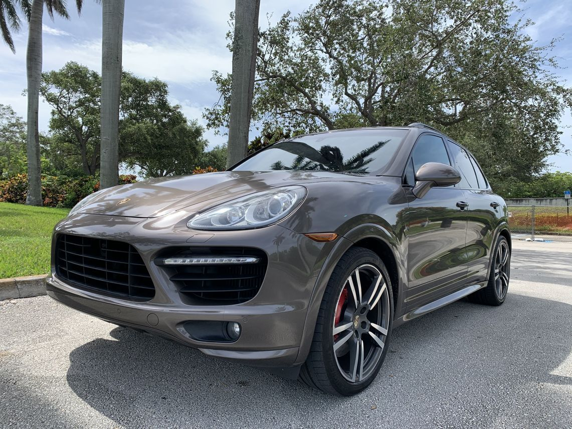 2012 Porsche Cayenne Turbo Sport Utility 4D Hollywood FL
