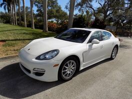 2012_Porsche_Panamera_4_ Hollywood FL