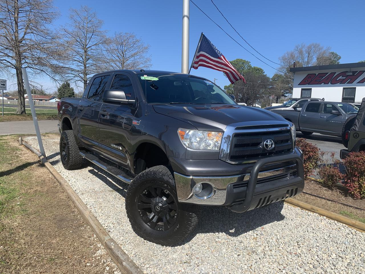2012 TOYOTA TUNDRA SR5, WARRANTY,LIFTED, RUNNING BOARDS, TOW PKG, AUX PORT, USB PORT, BLUETOOTH,  TOW PKG! Norfolk VA