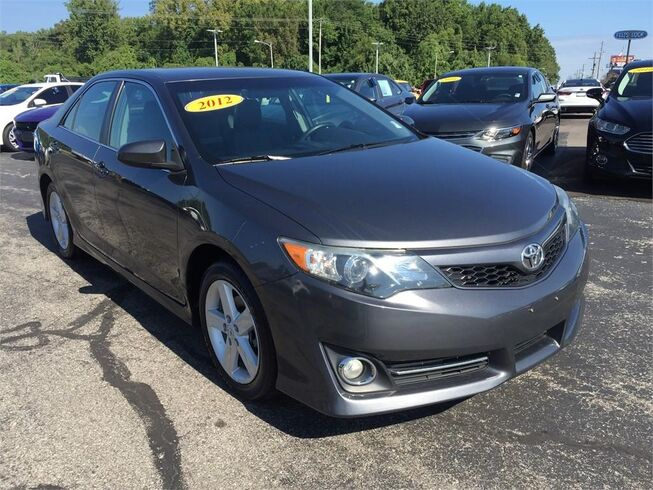 2012 Toyota Camry I4 SE Evansville IN
