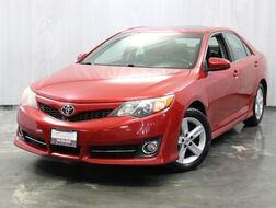 2012_Toyota_Camry_LE / 2.5L Engine / FWD / Sunroof / Navigation / Rear View Camera / Push Start_ Addison IL