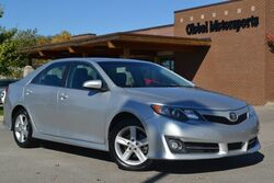 Toyota Camry SE/1 Owner Local Trade/Sport Pkg/Push Button Start/Navigation/Rear View Camera/Sunroof/Bluetooth&Bluetooth Audio/Sat Radio/35 MPG! 2012