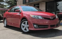 2012_Toyota_Camry_SE_ Georgetown KY