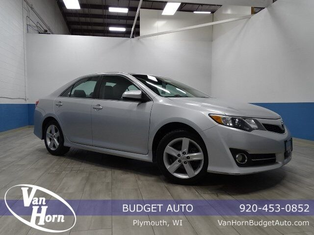 2012 Toyota Camry SE Plymouth WI