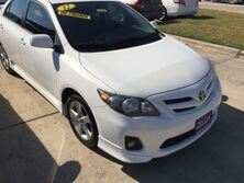 Toyota Corolla S 5-Speed MT 2012