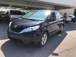 2012_Toyota_Sienna_LE_ Cleveland OH