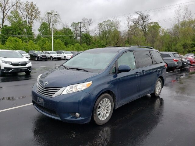 2012 Toyota Sienna XLE Lima OH