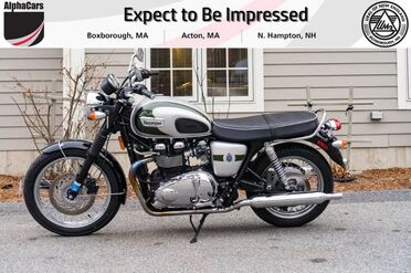 2012_Triumph_Bonneville_T100 110th Anniversary Limited Edition_ Boxborough MA