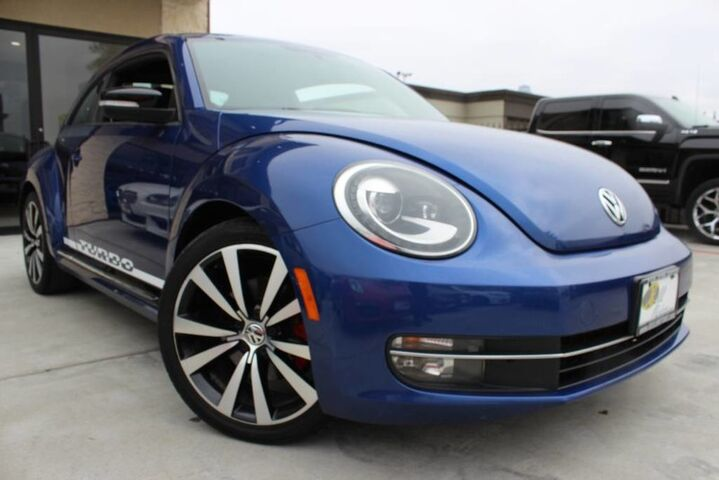 2012 Volkswagen Beetle 2.0T Turbo CLEAN CARFAX 17 SERVICE RECORDS Houston TX