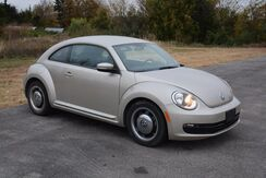 2012_Volkswagen_Beetle_ONE OWNER! LEATHER LOADED! MINT CONDITION!_ Norman OK