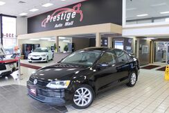 2012_Volkswagen_Jetta Sedan_SE PZEV - Snow Tires, Sunroof, Heated Seats_ Cuyahoga Falls OH