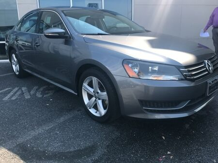 2012_Volkswagen_Passat_2.5 SE w/Sunroof/Nav ** GUARANTEED FINANCING **_ Salisbury MD
