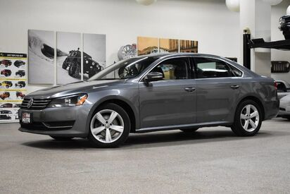 2012_Volkswagen_Passat_SE w/Sunroof & Nav_ Boston MA