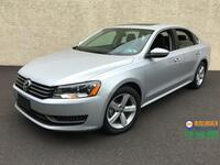 2012 Volkswagen Passat SE w/ Sunroof & Navigation