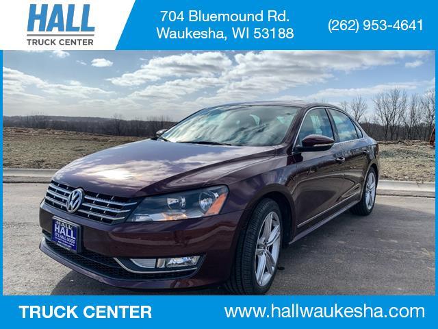 2012 Volkswagen Passat TDI SEL Premium Waukesha WI