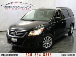 2012_Volkswagen_Routan_SE w/RSE & Navigation & Rear View Camera_ Addison IL