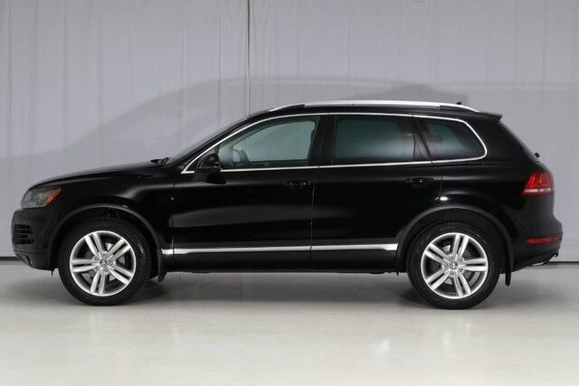 2012 Volkswagen Touareg 4WD Executive West Chester PA