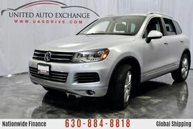 2012_Volkswagen_Touareg_Lux 3.0L V6 TDI DIESEL Engine AWD w/ Panoramic Sunroof, Heated Leather Seats, Navigation, Bluetooth Connectivity, Bi-Xenon Headlights_ Addison IL