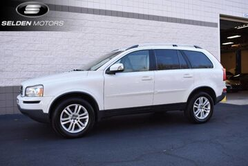 2012_Volvo_XC90__ Willow Grove PA