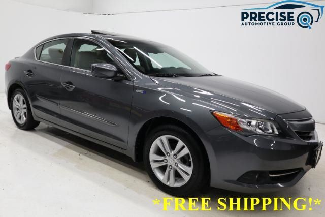 2013 Acura ILX CVT Hybrid w/ Technology Package