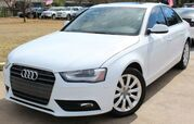 2013 Audi A4 w/ LEATHER SEATS & SUNROOF