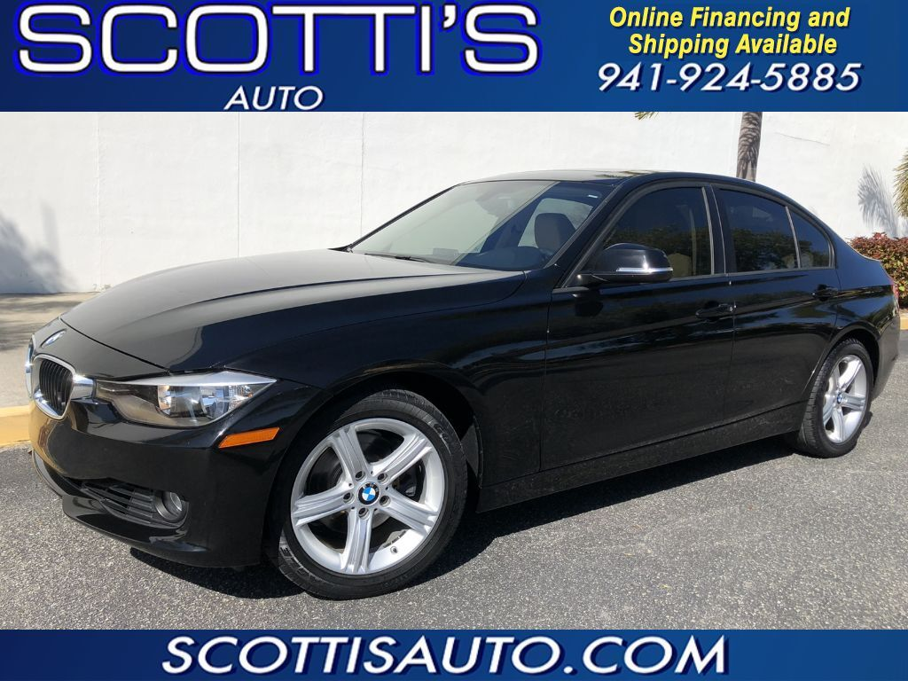 2013 BMW 3 Series 328i~ ONLY 55K MILES~ BLACK/ BEIGE~ SUNROOF~ AUTO~ FL CAR~ WELL SERVICED~ CLEAN CARFAX~ ONLINE FINANCE AND SHIPPING! Sarasota FL