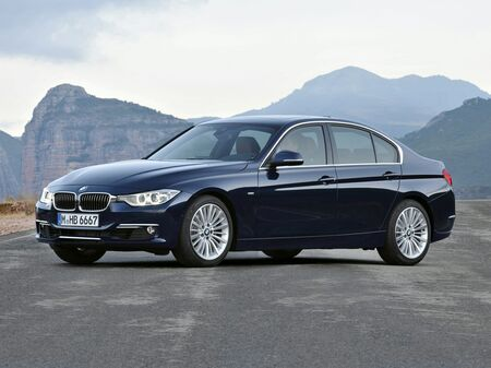 2013_BMW_3 Series_328i xDrive_ Delmar DE