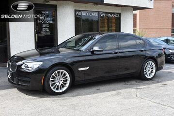 2013_BMW_750i_xDrive M Sport_ Willow Grove PA