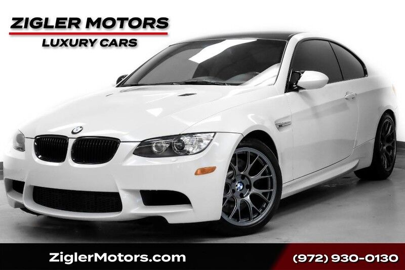 2013 BMW M3 **Free Shipping** Coupe Competition Package ,Carbon Fiber ,,Multimedia Navigation Clean Carfax Addison TX