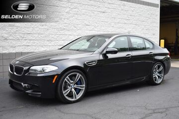 2013_BMW_M5__ Willow Grove PA