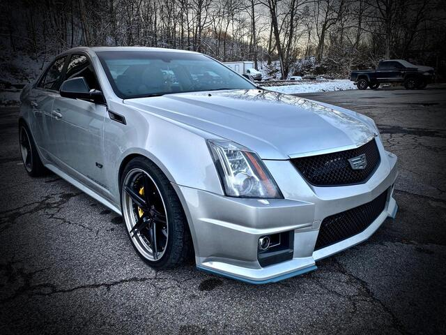 2013_CADILLAC_CTS V_SUPERCHARGED SEDAN_ Bridgeport WV