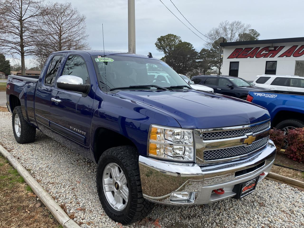 2013 CHEVROLET SILVERADO 1500 LT EXTENDED CAB 4X4, WARRANTY, BLUETOOTH, AUX/USB PORT, TOW PKG, BED LINER, CLEAN CARFAX! Norfolk VA