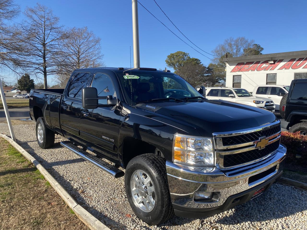 2013 CHEVROLET SILVERADO HD 2500 LTZ CREW CAB 4X4, WARRANTY, LEATHER, NAV, AUX/USB PORT, BACKUP CAM, PARKING SENSORS,1 OWNER! Norfolk VA
