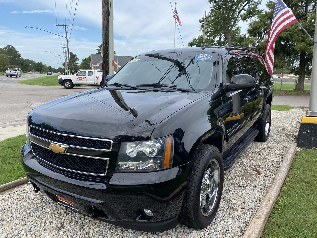 2013 CHEVROLET SUBURBAN LT 4X4, WARRANTY, LEATHER, DVD PLAYER, 3RD ROW, HEATED SEATS, CLEAN CARFAX! Norfolk VA