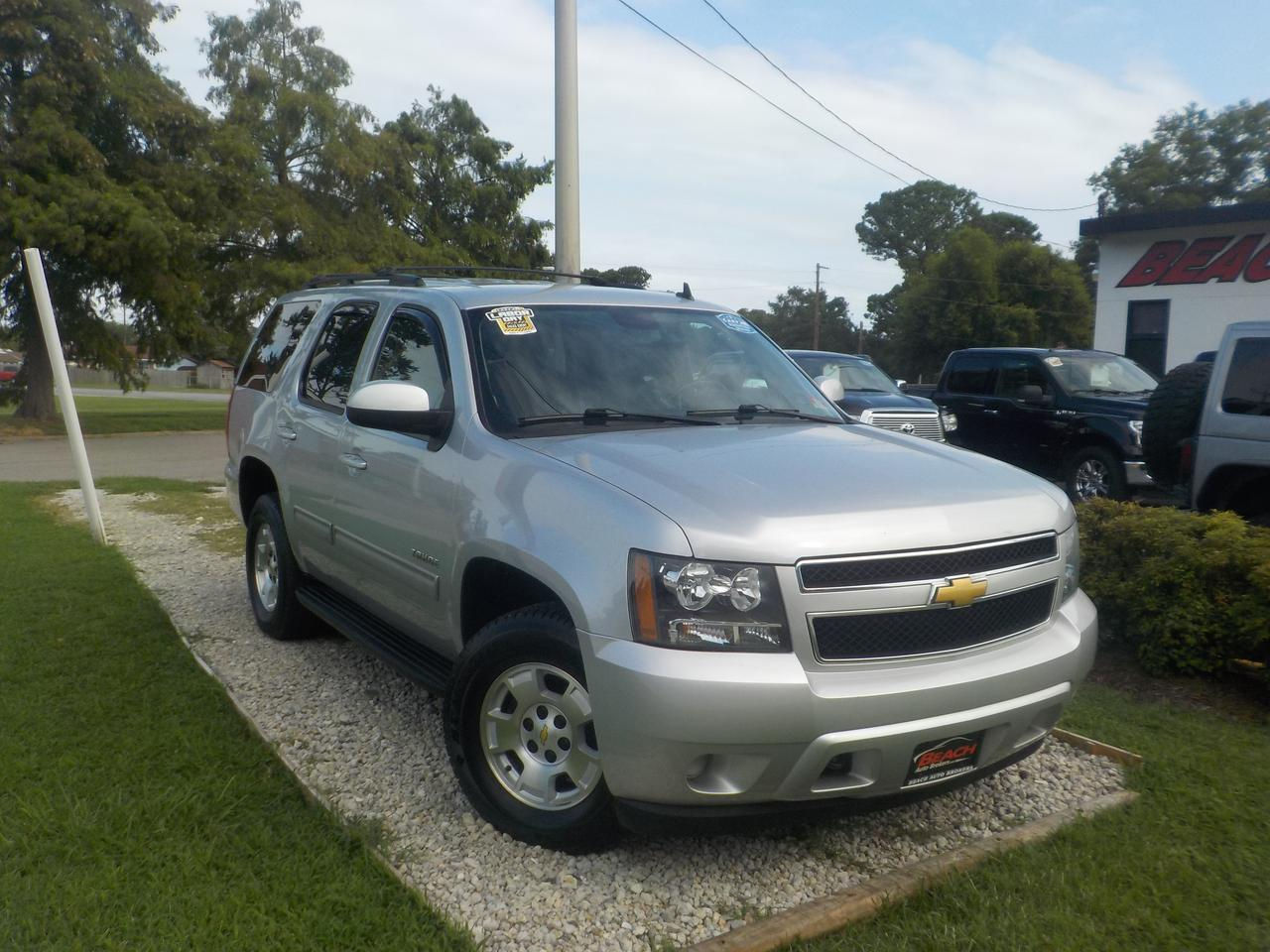 2013 Chevrolet Tahoe Ls 4x4 Warranty Third Row Sirius Radio Onstar 1 Owner