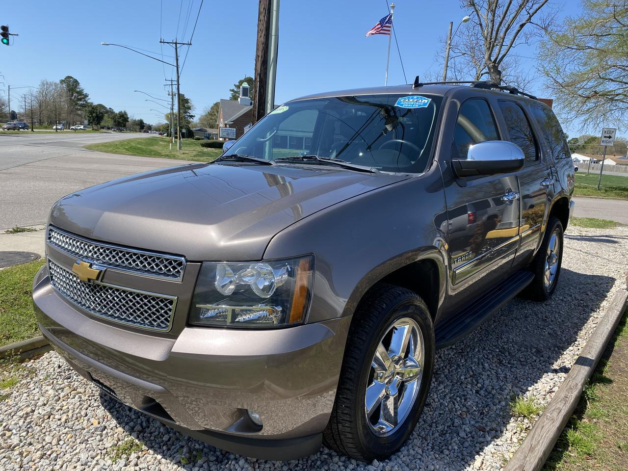 2013 CHEVROLET TAHOE LTZ 4X4, WARRANTY, LEATHER, NAV, HEATED/COOLED SEATS,  3RD ROW, SUNROOF, DVD PLAYER,1 OWNER! Norfolk VA