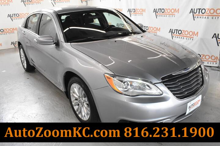 2013 CHRYSLER 200 TOURING  Kansas City MO