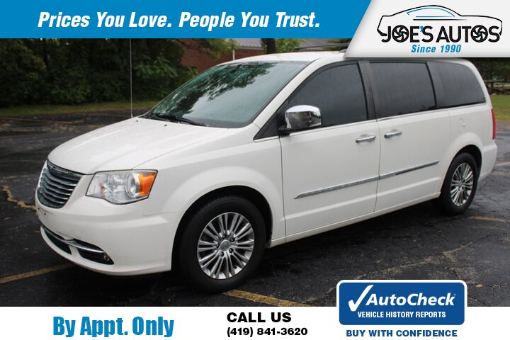 2013 CHRYSLER TOWN & COUNTRY TOURING L Toledo OH