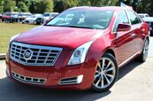 2013 Cadillac XTS w/ NAVIGATION & PANORAMIC ROOF