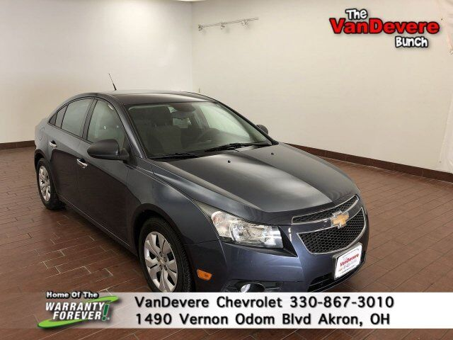 2013 Chevrolet Cruze LS Akron OH