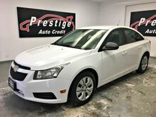 2013_Chevrolet_Cruze_LS_ Akron OH
