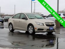 2013_Chevrolet_Cruze_LS_ Green Bay WI
