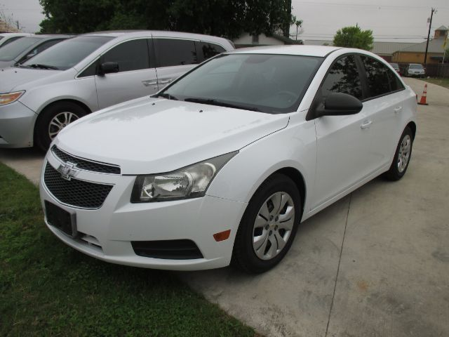 2013 Chevrolet Cruze LS Manual San Antonio TX