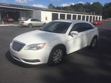 2013_Chrysler_200_LX_ Gainesville FL