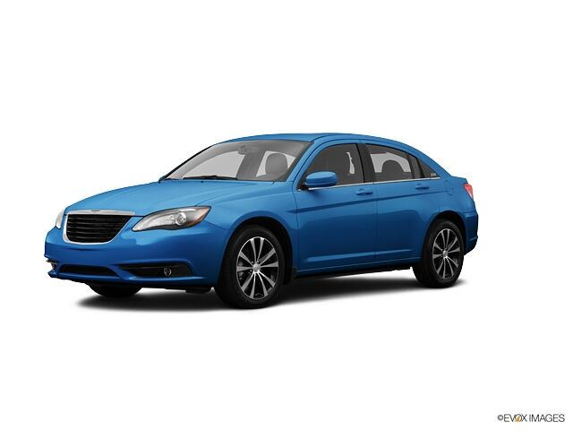 2013 Chrysler 200 LX Indianapolis IN